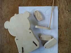 木の部品を作る